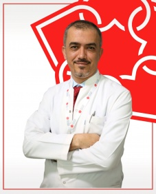 Associate Professor of General Surgery Ali Solmaz